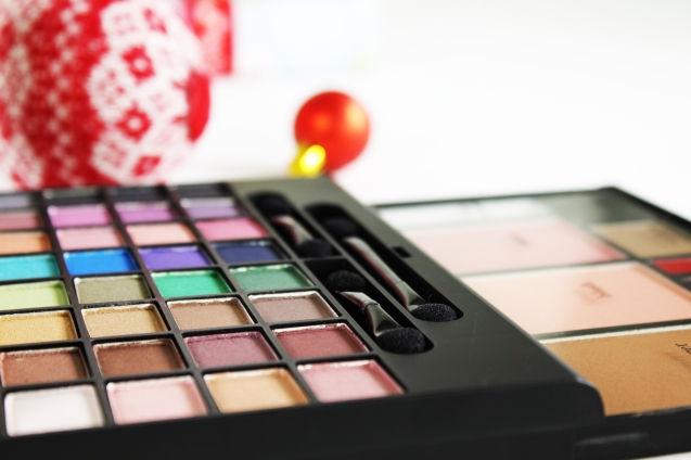 elf makeup clutch palette