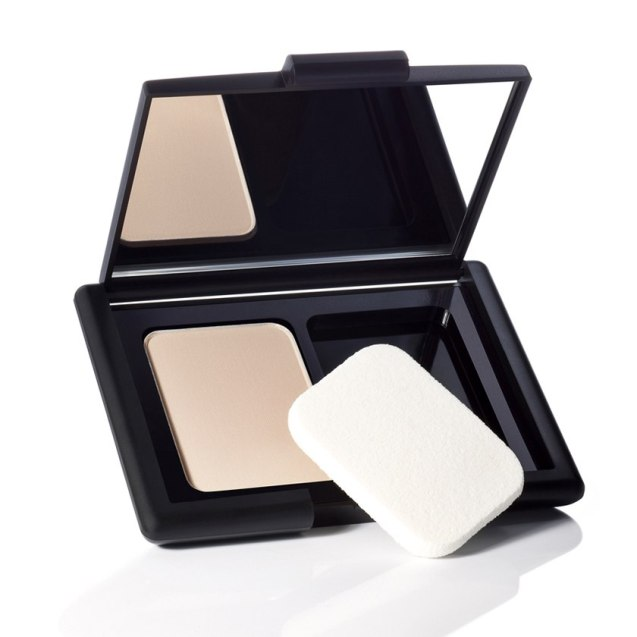83101_translucent_matifying_powder_XL